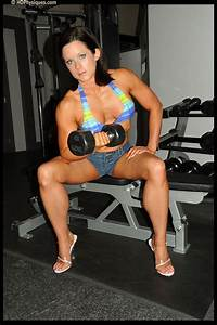 Allison Smith - Physique model photos and video clips