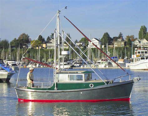 Cmd Boats cmd boats launch cruiser 24