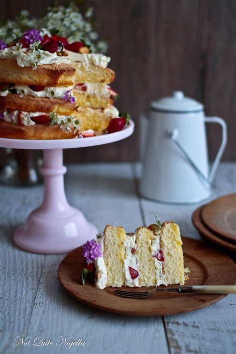 strawberry triple layer sponge cake    nigella