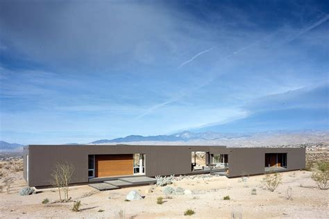 homes with two master bedrooms beautiful homes surrounded by desert and mountains