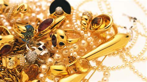 gold jewelry   clip art  clip art