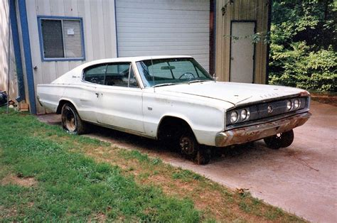 1966 Dodge Charger Spends 40 Years In Storage—including 20