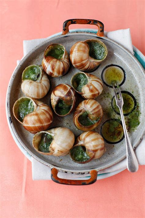 cuisine escargots all about l 39 escargot