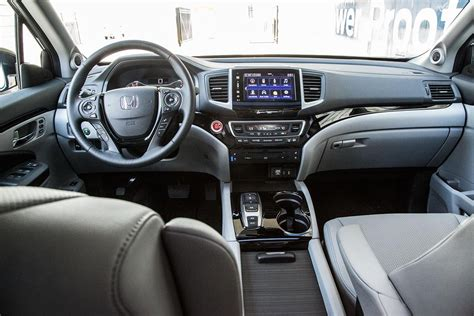 honda pilot 2016 interior 2016 honda pilot elite drive review digital trends
