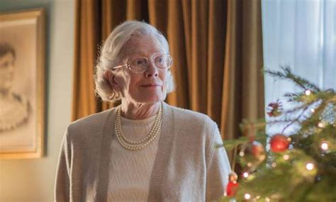 call  midwife christmas special  narrator vanessa