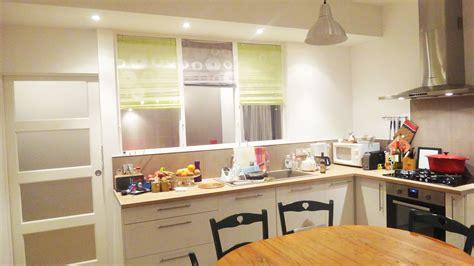 cuisine amercaine rénovation cuisine aménagée avec verrière séparative renoveo