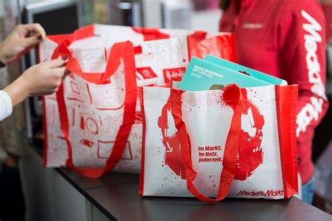 media markt geräte mieten media markt und saturn schaffen die plastikt 252 te ab verkauf plastikt 252 ten wird ab 1 april