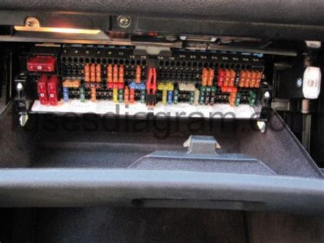 E36 M3 Fuse Box Layout by Fuse And Relay Box Diagram Bmw 3 E46