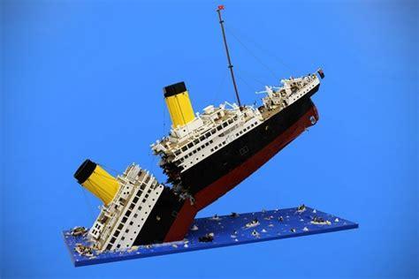 mind blown titanics final moment recreated  lego