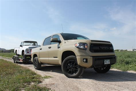 toyota tundra towing with a 2016 toyota tundra trd pro