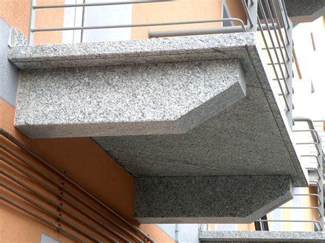 pietra per davanzali pietre per balconi soglie davanzali su misura prezzi