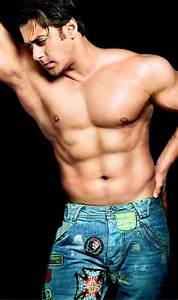 Indian Male Actors Photogallery : Indian Six Pack Actors ...
