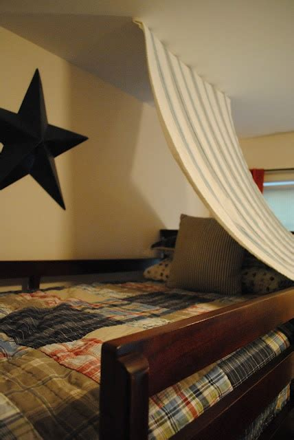 super easy bunk bed fort httphousebyhollyblogspotcom