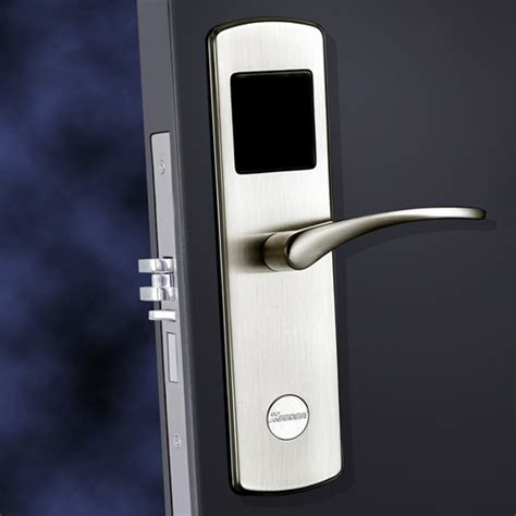 hotel door locks benefits