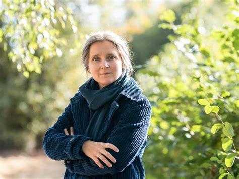 Designer of brands & digital lands. Naturlyrik: Bremer Literaturpreis 2021 für Marion Poschmann - Kultur und Entertainment - RNZ