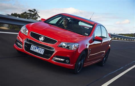 Holden Car : Holden Commodore Turns Sales Tide As Ford Falcon Sinks