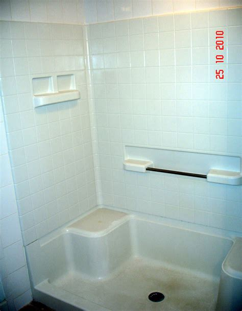 Fiberglass Bathtub Refinishing Atlanta by New Fiberglass Shower New Glass