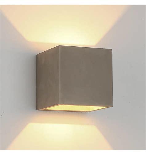 applique salle de bain en beton gris design scandinave