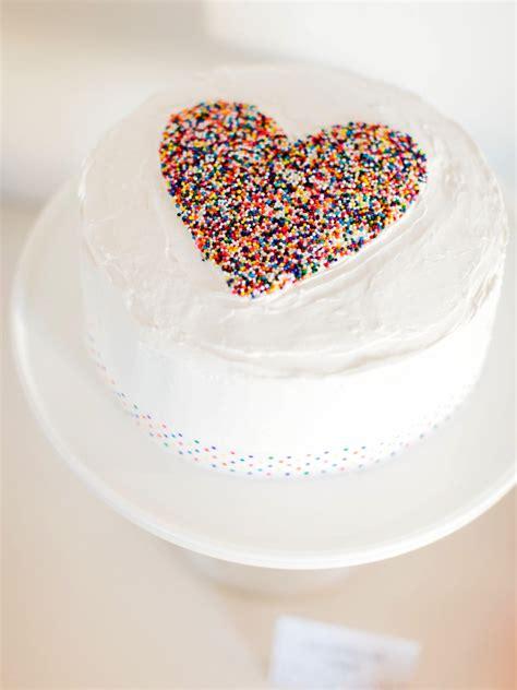 diy sprinkled heart cake  sprinkles baby shower  tos diy