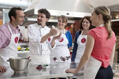 cours de cuisine atelier des chefs cours de cuisine l 39 atelier des chefs lyon 2ème activite à lyon et dans le rhone