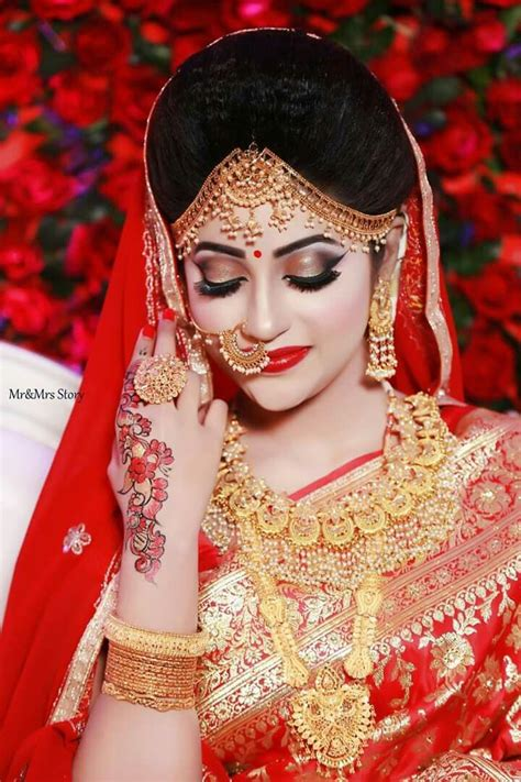 lovely indian bride bridal hairstyle indian wedding