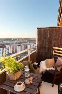 banktruhe balkon der balkon unser kleines wohnzimmer im sommer freshouse
