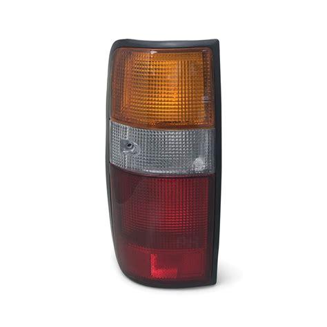 taillight left fits toyota landcruiser  series aftermarket
