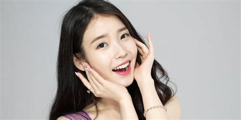 Iu Uploads A Brand New, Untitled Song!