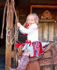 Best Cowgirl Outfit