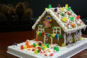 Gingerbread house - Wikipedia