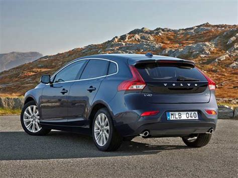 volvo  launched  india price specs features