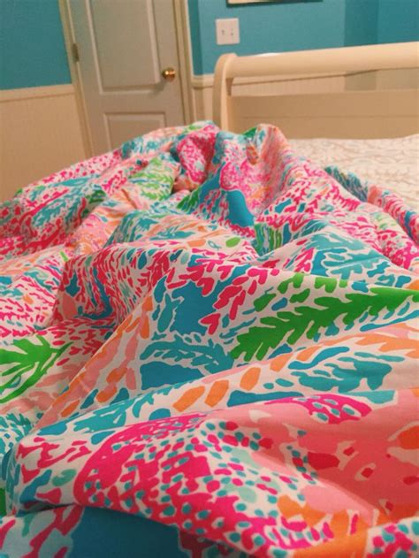 15 must see lily pulitzer bedding pins apartment bedroom