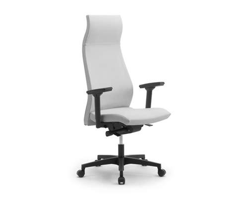poltrone da ufficio ergonomiche sedie e poltrone ergonomiche con poggiatesta d lgs 81 2008