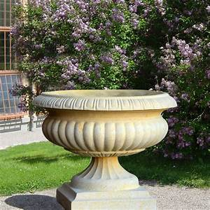 historische garten pflanzamphore fontainebleau With feuerstelle garten mit blumenkübel plastik groß