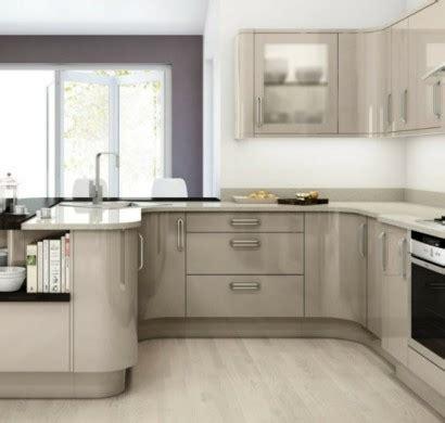 Küchen Kleine Räume by Kleine K 252 Chen Einrichten Kleine R 228 Ume Stellen Die