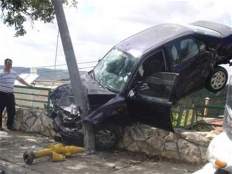 Funny Image Collection: Car Accidents funny pictures- hot ...