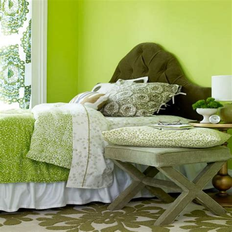 Cozy Lime Green Bedroom