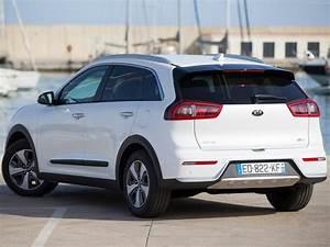 Forum Kia Niro : eu version 2016 cars hybrid kia niro suv white wallpaper 1600x1200 1017785 wallpaperup ~ Medecine-chirurgie-esthetiques.com Avis de Voitures