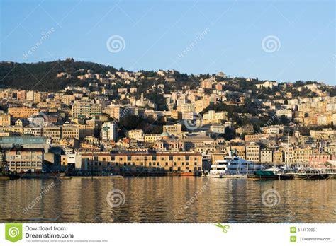 le port dans la ville de g 234 nes italie image 233 ditorial image 51417035