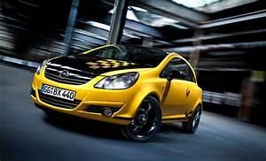 Opel Corsa Color Edition : opel corsa color race edition unveiled autoevolution ~ Gottalentnigeria.com Avis de Voitures