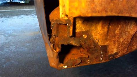 vw repair rust quarter bug