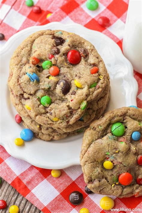 giant chewy mm cookies