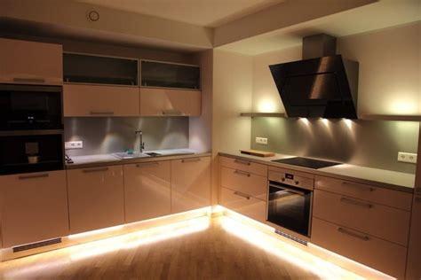 lumiere pour cuisine lumière pour plan de travail cuisine cuisine idées de