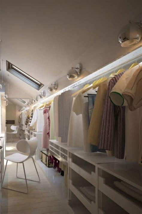 Ankleidezimmer Ideen Instagram by 25 B 228 Sta Begehbarer Kleiderschrank Dachschr 228 Ge Id 233 Erna P 229