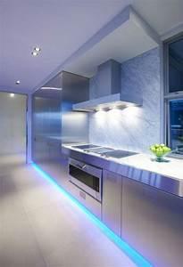 Led Strips Küche : die led lichtleiste 30 ideen wie sie durch led leisten verlockende innendesigns schaffen ~ Buech-reservation.com Haus und Dekorationen