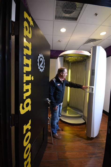 Tanning Beds At Planet Fitness by New Planet Fitness Is Fifth For Local Franchisees Times