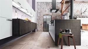 Wandgestaltung Ideen Küche : wandgestaltung in der k che ideen mit farben ~ Markanthonyermac.com Haus und Dekorationen