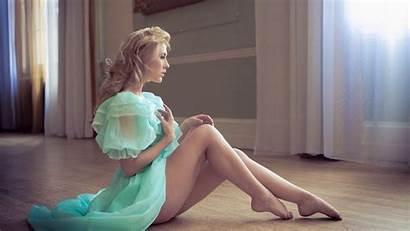 Legs Blonde Mcnamara Raphaella Leg Blond Hair