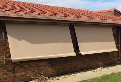 auto lock arm ozrite awnings outdoor blinds ozrite