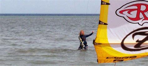 wo kann ich wasser untersuchen lassen kitesurfen lernen grundlagen rund ums kiten spotspy net